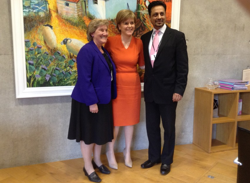 Dr Lorna Hood and Dr Waqar Azmi with Scotland First Minister Nicola Sturgeon.
