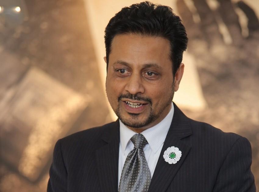 Dr Waqar Azmi OBE