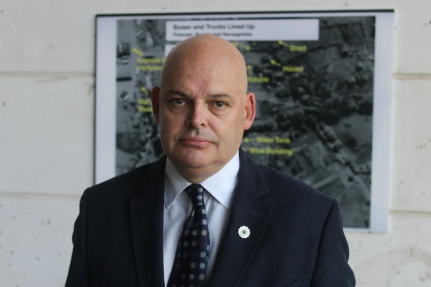 Peter Osborne in Srebrenica