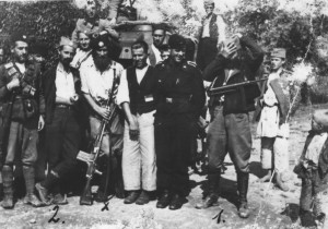 Chetniks_and_Germans_in_Lopari_1942
