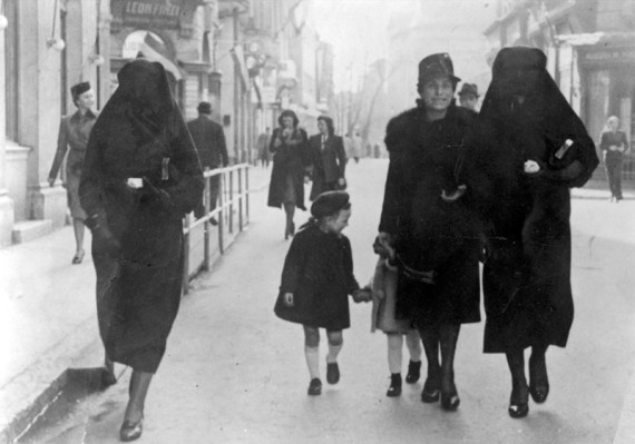 Jews and Muslims in Sarajevo
