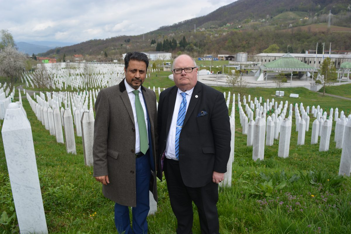 Sir Eric and Dr Waqar Azmi at the Potocari cemetery